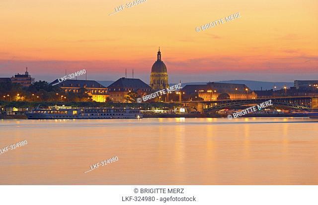 Christuskirche, Mainz, River bank, Rhenish Hesse, Rhineland-Palatinate, Germany, Europe