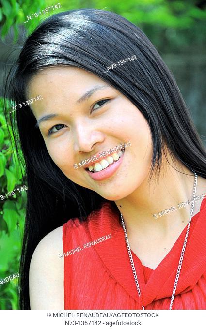 Vietnam, Thua Thien Hue, Hue, girl