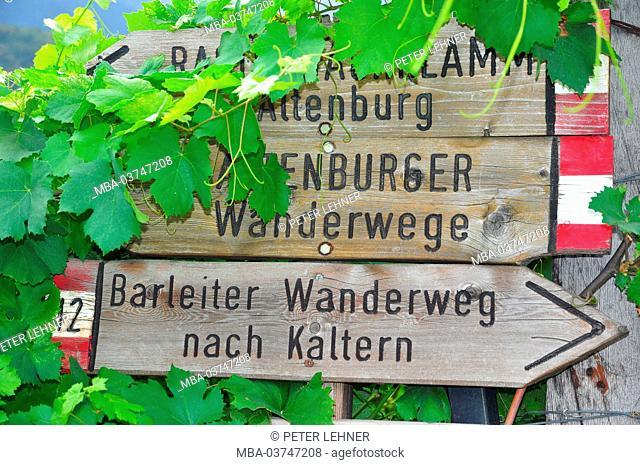 Italy, South Tirol, Kaltern (village), viticulture, hiking area, signpost