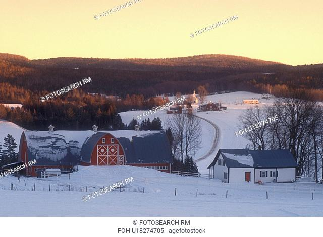 red barn, Vermont, VT, Diamond Heart Farm in East Albany in the winter