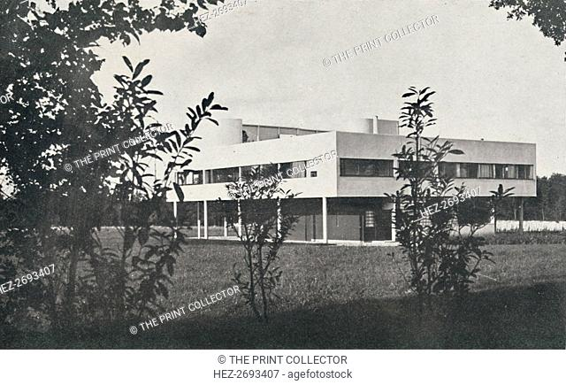 'Villa at Poissy, constructed in reinforced concrete', 1933. Artist: Unknown