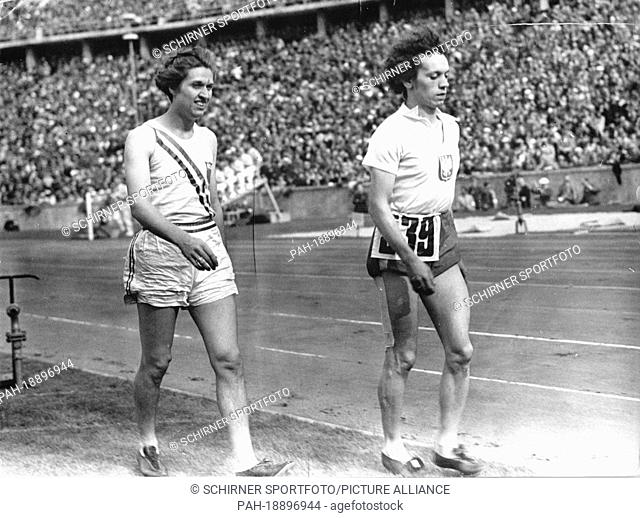Helen Stephens (USA, gold, l) and Stella Walasiewicz (Poland, silver, r) after the 100m sprint during the Summer Olympics in Berlin, on 4 August 1936