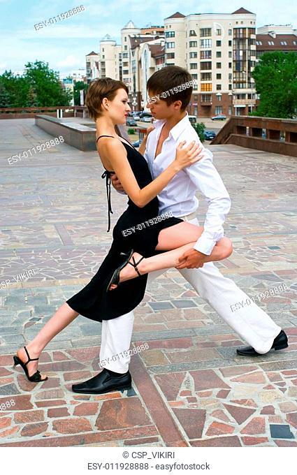 couple dancing Latino dance