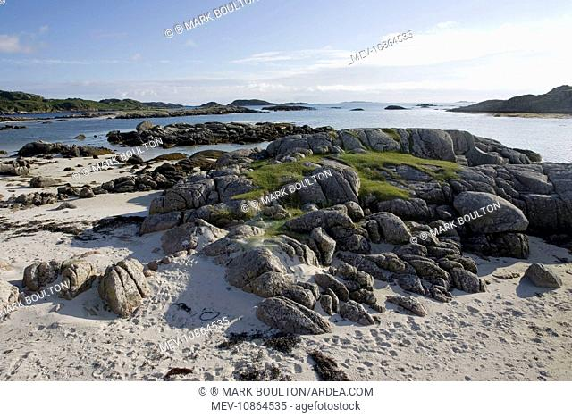 Unspoilt wild beach at low tide from Fidden Farm . south coast of Isle of Mull, Scotland, UK