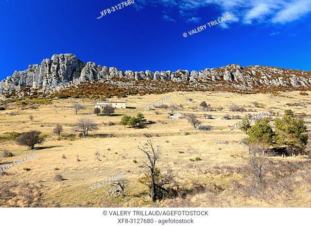 Paysage du parc regional des Prealpes d'Azur, 06, Alpes-Maritimes, Cote d'azur, PACA,