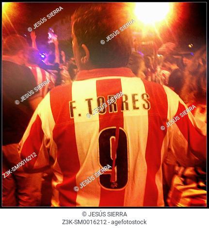 Campeón liga 2013-2014. Fans of Atletico de Madrid CF, Near of Fuente de Neptuno, Madrid, Spain