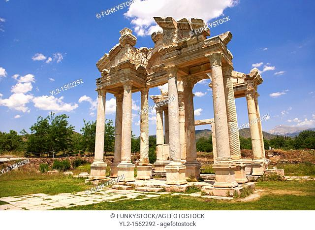 Picture of the double Tetrapylon Gate, Aphrodisias, Turkey  A tetrapylon Greek: etp, 'four gates' is an ancient type of Roman monument of cubic shape