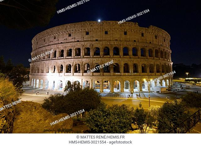 Italy, Lazio, Rome, historical centre listed as World Heritage by UNESCO, the Colosseum or Coliseum is the largest amphitheatre of the Roman Empire