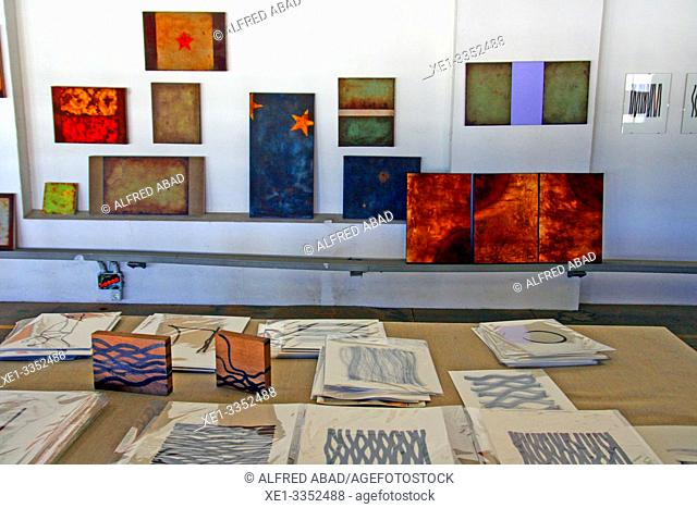 drawings, paintings and watercolors, industrial polygon, plaza del Nou, Zona Franca, Barcelona, Catalonia, Spain