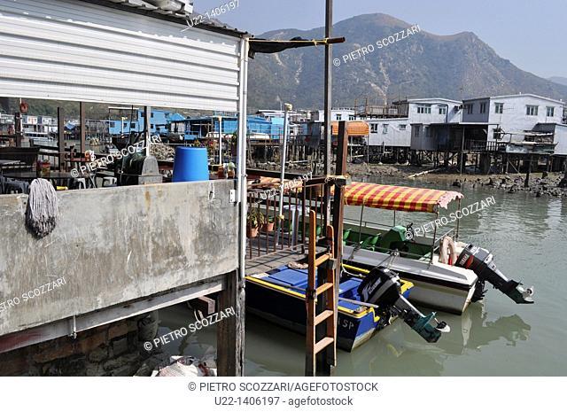 Hong Kong: pile dwelling houses at Tai O village, on Lantau Island