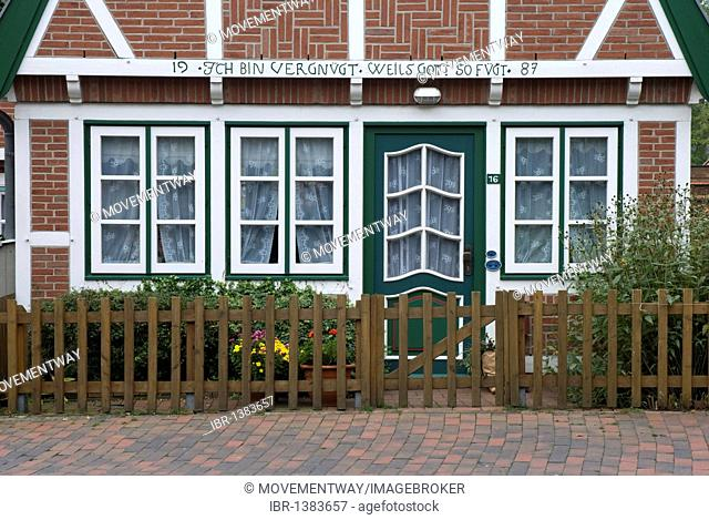 Half-timbered house in historic town of Otterndorf North Sea resort, Lower Saxony, Germany, Europe