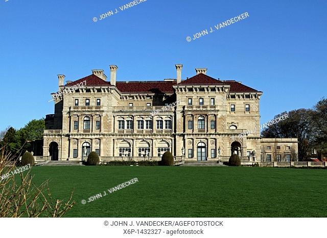 The Breakers was built in 1895 and was the 70 room summer cottage of Cornelius Vanderbilt  Designed by American architect Richard Morris Hunt  Newport