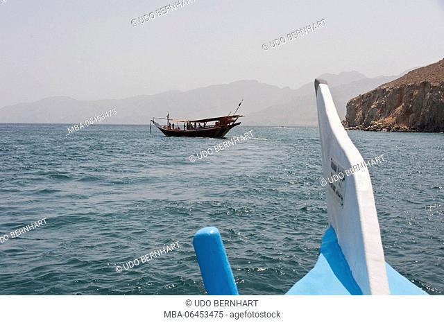 Arabia, Arabian peninsula, Sultanate of Oman, peninsula Musandam, Dhau tour, Dhau in the street of Hormuz Khor ash Sham