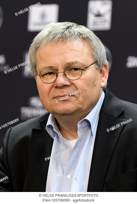 Closing press conference: JOERG HOWE (Head of Global Communications Daimler AG), portrait, portrait, head picture, head. GES / Tennis / ATP: MercedesCup, 17