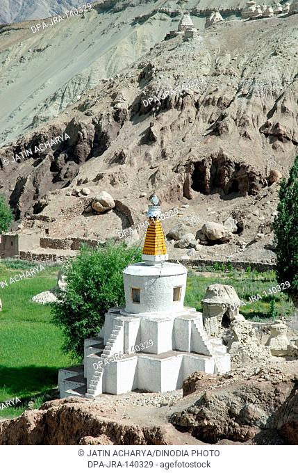 Chorten at Nimmu ; Leh ; Ladakh ; Jammu and Kashmir ; India