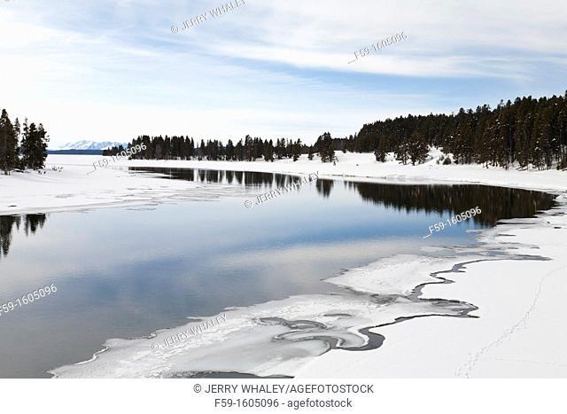 Winter, Yellowstone Lake, Yellowstone NP, WY