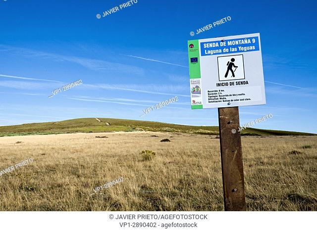 Signage of the Camino de la Yegua next to the Laguna de los Peces. Natural Park of the Lake of Sanabria. Zamora. Castilla y León. Spain