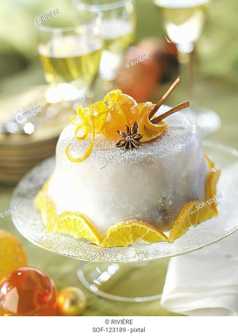 Iced Dôme with spices and confit orange