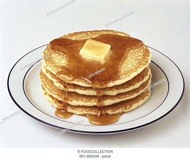 Pancakes with maple syrup and butter