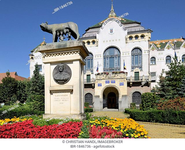 Art Nouveau Palace of Culture with statue of Romulus and Remus, Targu Mures, Mures County, Transylvania, Romania, Europe