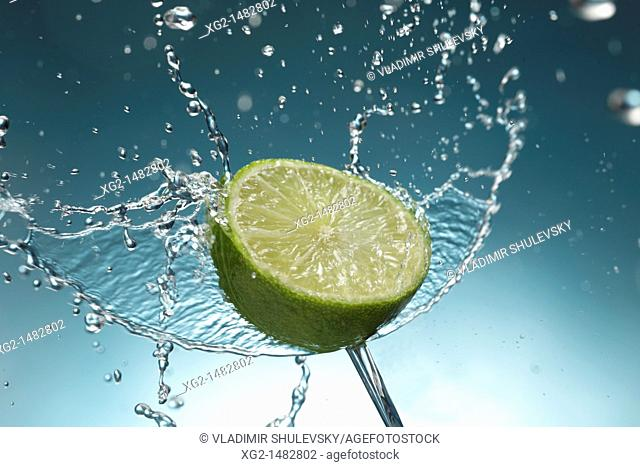 Lime in a jet of water